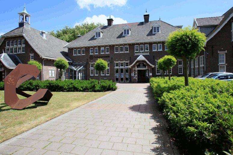gebouw Parkvilla Alphen aan den Rijn